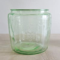 Anchor Hocking Green Depression Cameo Cookie Jar without Lid