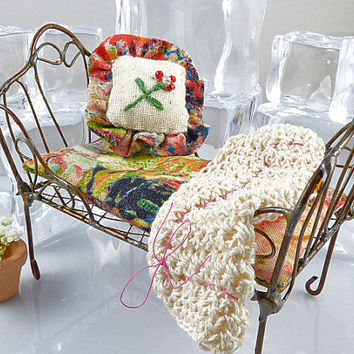 Miniature 1:12 Scale Red Pink Green Rose Dollhouse or Fairy Daybed, Cushion with Matching Decorator Pillow, and Crocheted Afghan