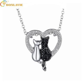 New Hot  Lovely Cat  Black White 2 Cat On Heart Crystal Pendant Necklace For Women Girl Best Friend Neck Jewelry