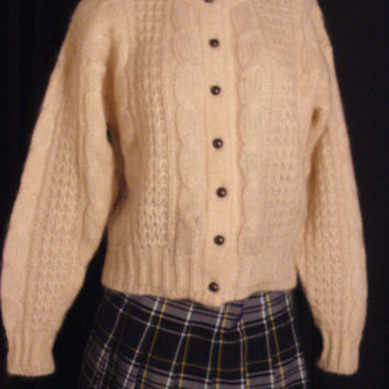 Vintage 80's Cream Cable Knit Mohair Chunky Knit Cropped Cardigan Sweater