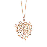 Tiffany & Co. - Paloma Picasso® Olive Leaf pendant in 18k rose gold, large.