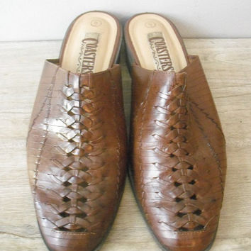 vintage woven leather clogs or Mules .. Brown leather western ... size 9 Indie hipster NICE