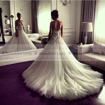 Vintage Ivory Long Wedding Dress 2017 New Arrival Strapless Backless High Quality Flowers Tull Sexy Wedding Bridal Dresses