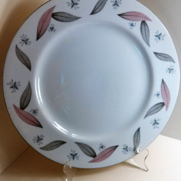 Mid Century Modern Atomic 1950's Narumi SERENADE Dinner Plate 393543 Pink and Grey Feathers Starbursts