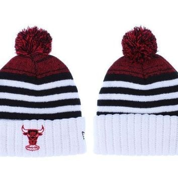 PEAPON Chicago Bulls Beanies New Era NBA Hat White