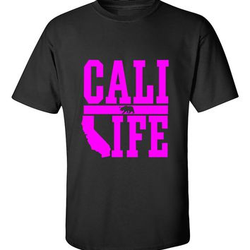 Cali Life Pink California Republic Bear West Coast lifestyle Fashion T-Shirt