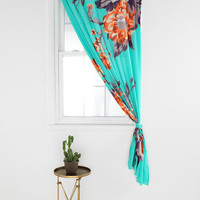 Urban Outfitters - Plum & Bow Falling Garden Curtain