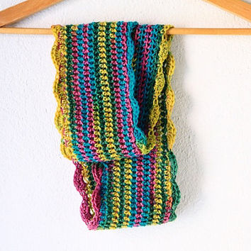 Infinity scarf for children, cowl for little girls, 6Y to 8Y crochet scarf multicolor, vegan friendly