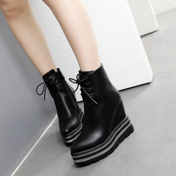 YMECHIC 2018 Winter Punk Platform Lace Up Ankle Boots Female Wedges High Heels Rock Gothic Combat Motorcycle Boots Ladies Shoes