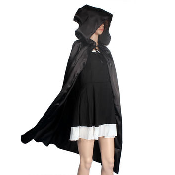 2016 Adult Gothic Hooded Cloak Wicca Robe Medieval Witchcraft Party Halloween Costumes Women Men Vampire