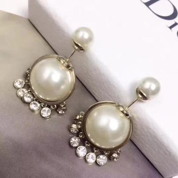Trending Dior Womens Pearl Fashion Logo Stud Earring opal earrings Circle drop for helix Jewelry