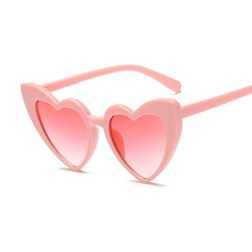 Cute Oversized Heart Shape Sunglasses Women 2018 Fashion Brand Big Love Heart Red Sun Glasses For Female Shades UV400