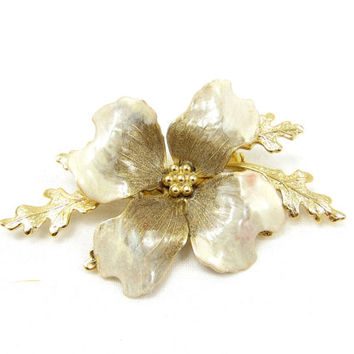 Gold Tone Flower Floral Pin Cream Enamel Painted Brooch Bridal Wedding Bouquet Vintage Costume Jewelry Shawl Scarf Sweater Flower Jewelry