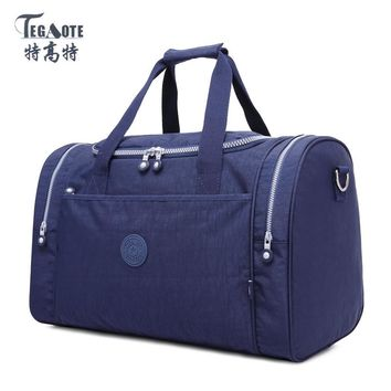 TEGAOTE 2017 New Large Capacity Travel Bag Women Duffle Luggage Bags Nylon Waterproof Casual Tote Design Handbags High Quality
