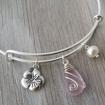Handmade in Hawaii, wire wrapped pink sea glass bracelet, Hibiscus charm, Sea glass jewelry, Fresh water pearl, Hawaiian jewelry.