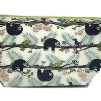 Sloth knitting Project bag, Sloth Crochet Project Bag, Sloth zippered pouch, Sloth cosmetic bag Toiletry Bag