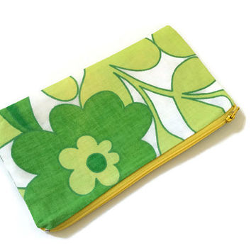 Vintage Zipper Pouch - Floral Cosmetic Bag - Purse Organizer - Green Zip Pouch - Floral Wallet - 60s Fabric - Gift for Her - Green and White