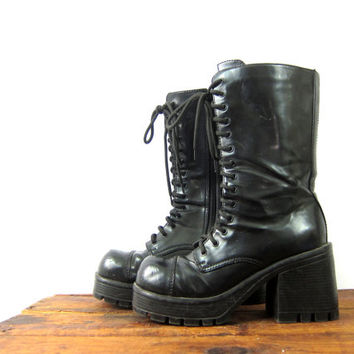 Vintage tall goth boots lace up combat boots with side zipper combat Grunge boot shoes women's size 8.5