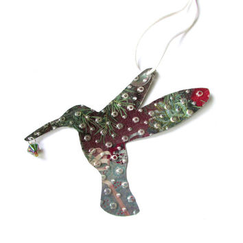Shop hummingbird wall decorations on wanelo for Hummingbird decor