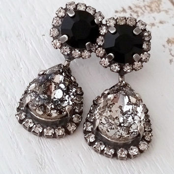 Black earrings,Black Chandelier earrings, Black dangle earrings,Bridal earrings,Bridesmaids gift,Swarovski crystal earring,oxidized silver