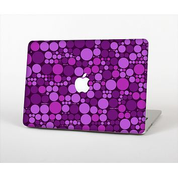 The Purple Circles Pattern Skin Set for the Apple MacBook Pro 15""