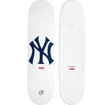 Supreme Yankee Deck - White