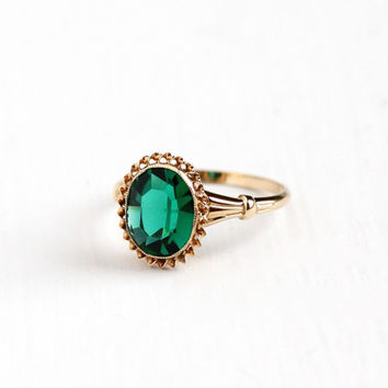 Vintage 10k Rosy Yellow Gold Simulated Emerald Ring - Size 7 Green Faceted Glass Mid Century 1940s 1950s Fine May Birthstone Jewelry