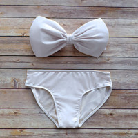 Bow Bandeau Bikini - Vintage Style Pin-up Swimwear In Ice White - Unique & So Cute!