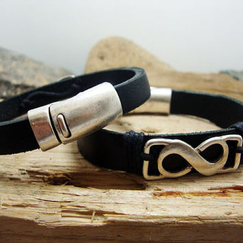 FREE SHIPPING - Men Bracelet,. Couple Bracelets, Men's leather bracelet, Black leather with , silver eternity symbol. magnetic  Claps