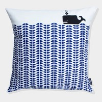 Supermarket: Whale cushion in Delft Blue from mengsel
