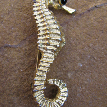 Golden Seahorse Brooch, Figural Pin, Gold Textured Finish, Black Cabochon Eye, Ocean Life, Beach, Nautical, Sealife, Sea Creature,