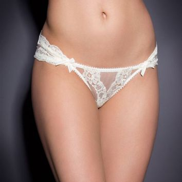 Lacy Ouvert Ivory