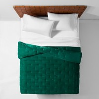 Green Velvet Tufted Stitch Quilt (Twin/Twin XL) - Opalhouse™