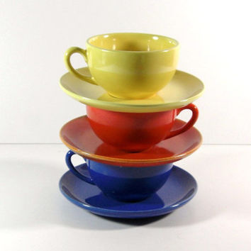 Metlox Poppytrail Series 200 Coffee Tea Cups and Saucers / Set of 3
