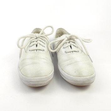 Keds Canvas Sneakers Vintage 1990s Champions White Silver Women's size 7 1/2