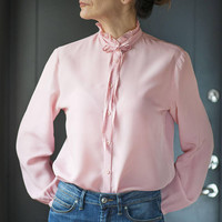 Vintage ruffle collar blouse for women. Pale pink ruffle tie blouse long sleeve. Secretary tie blouse Size S or M. 70s High Neck lady blouse