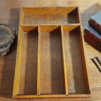 Vintage wooden tray, Vintage divded wood tray, Vintage wooded box, Vintage utensil tray, Vintage silverware tray