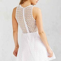 BB Dakota Danica Eyelet