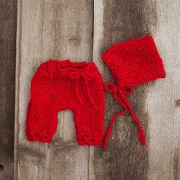 Red Newborn Baby Bonnet and Pants, Bonnet and matching short pants in mohair, Knit baby red bonnet, Photography prop, Baby photo prop.