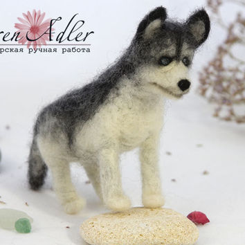 Husky wool miniatures, siberian husky needle felted toy, natural wool dog, miniature toys, mini pet