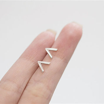 Silver V Earrings, V Earrings, V Ear Studs, Minimalist Earrings, Chevron Earrings, Basic Earrings, Geometric Earrings, Silver V Studs