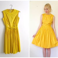 Vintage 1950's Mustard Yellow Dress // s