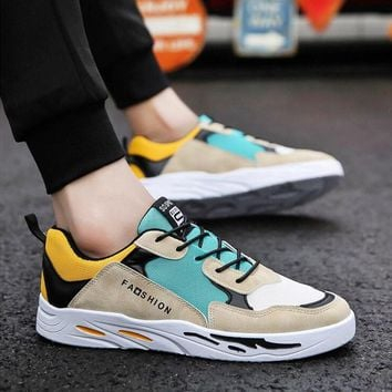 Nice Kanye West Fashion Mesh Light Breathable Men Casual Shoes Men Sneakers Zapatos Hombre