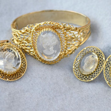 Whiting & Davis Reverse Carved Glass Cameo Clamper Bracelet, Necklace and Earrings Parure Vintage