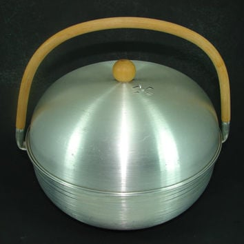 Mirro Spun Aluminum Bun Warmer Designed by Russel Wright Rattan Handle Maple Wood Knob Handle