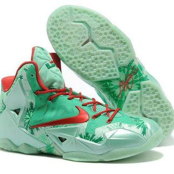 "LeBron 11 XI P.S Elite ""Christmas Red"" Sneaker Shoe"