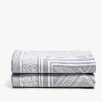 BLANKET WITH DIAMOND DESIGN IN GREY TONES - BLANKETS - BEDROOM | Zara Home United States of America