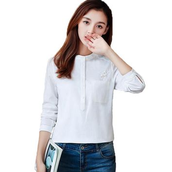 2018 Spring Floral Embroidery Panels Pocket Loose Pullover Shirts Elegant Slim Casual Cotton White OL Women Blouses Basic Tops