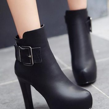 New Women Black Round Toe Chunky Add Feathers Buckle Fashion Ankle Boots