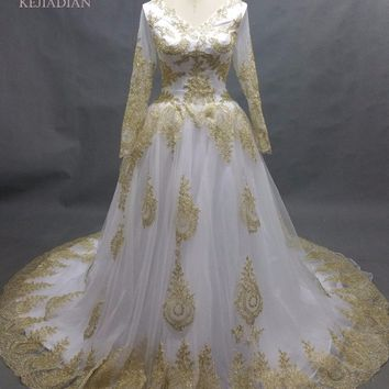 Luxury Muslim Wedding Dresses V-Neck Golden Appliques Sheer with Long Sleeves A-line Amazing Cathedal Train Bride Dresses